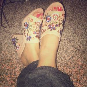 Aldo thick heeled floral sandals